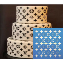 louis-vuitton-stencil-cake