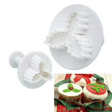 Holly Leaf - Cookie Plunger Cutter Set